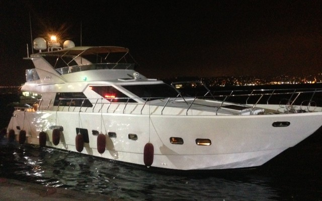 Rent S Class in Istanbul Get Free Yacht Tour